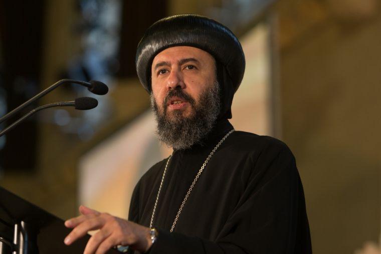 """Preot înjunghiat la moarte în Cairo, Episcopul Angaelos plânge """"neglijența și nedreptatea"""""""