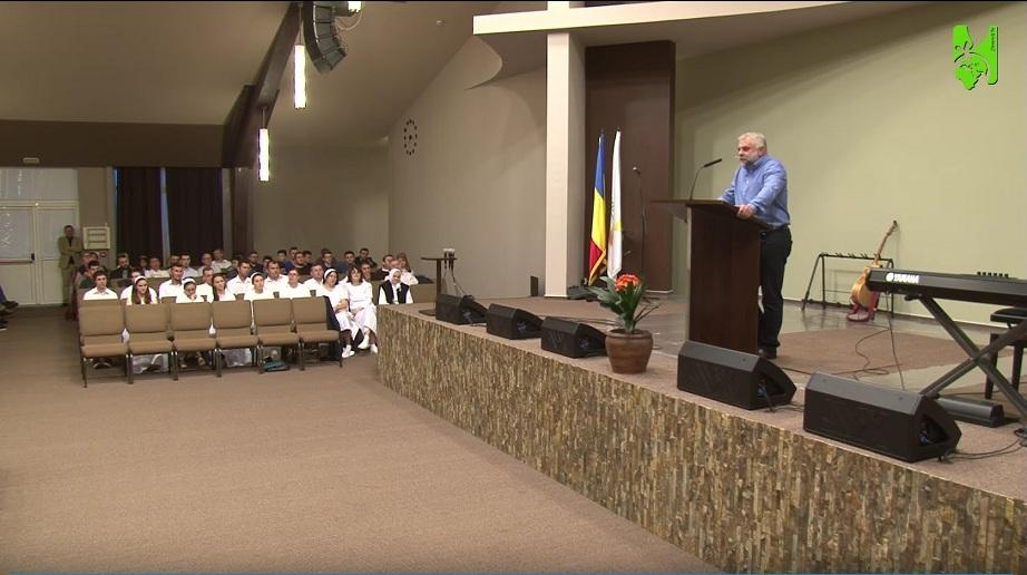 Botez la Sala Ciresarii 33 candidati | Romani | 12. Dumnezeul slavei, harului si istoriei