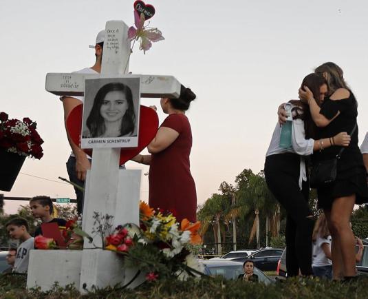 Violența în școlile americane nu va înceta până ce nu va înceta cultura morții