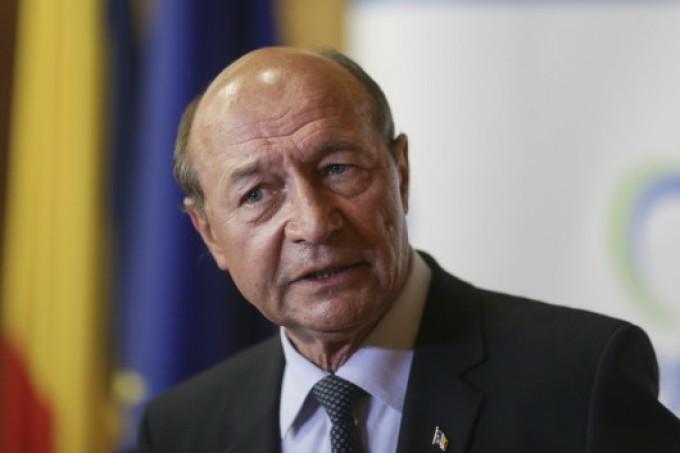 Băsescu, despre decizia lui Dragnea de a mutat ambasada României din Israel: Un neisprăvit din Teleorman a făcut praf și pulbere 60 de ani de diplomație consistentă și inteligentă în Orientul Apropiat