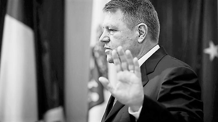 Eforturile lui Klaus Iohannis de a face din România Sodoma continuă cu orice preț!