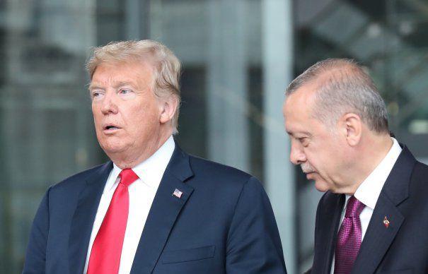 Cazul pastorul evanghelic american Andrew Brunson a generat o serie de dispute deteriorând relaţiile celor doi aliați NATO, Turcia și SUA
