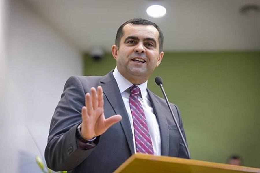 Samy Tuțac: Politica ne dezbină, Isus Cristos ne unește…