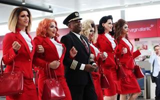 O companie aeriană lansează o cursă cu piloţi şi echipaj exclusiv LGBT: ce actor s-a alăturat iniţiativei