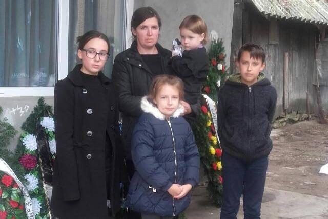 Donatii pentru familia Chechedi, Anca și-a pierdut soțul, tatăl celor 4 copii, într-un accident