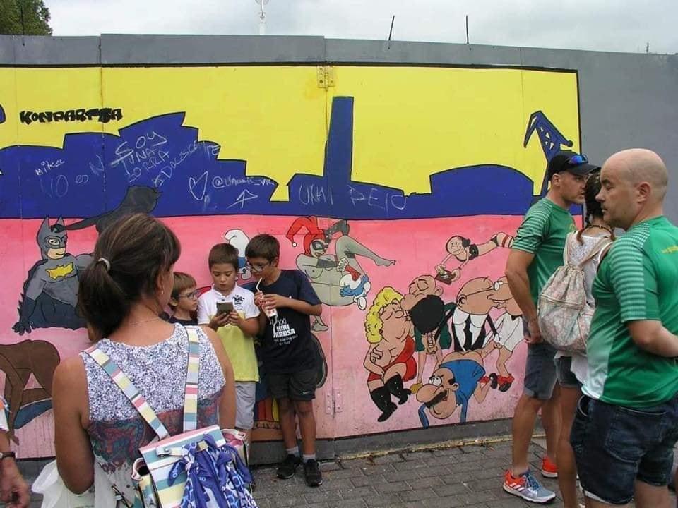 """Un român din Spania șocat de desenele pornografice stradale din Bilbao: """"Simpatizanții LGBT le vor și în școli!"""""""