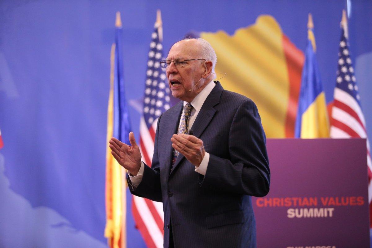 Rafael Cruz, tatăl senatorului american Ted Cruz, intervievat de adevărul.ro după Summitul Valorilor Creștine, de la Cluj-Napoca
