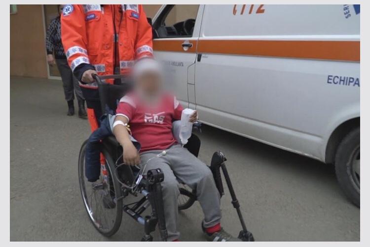 Un elev de 11 ani, de la o școală din județul Botoșani, ar fi fost bătut de profesorul de religie pentru că a refuzat să își facă semnul crucii