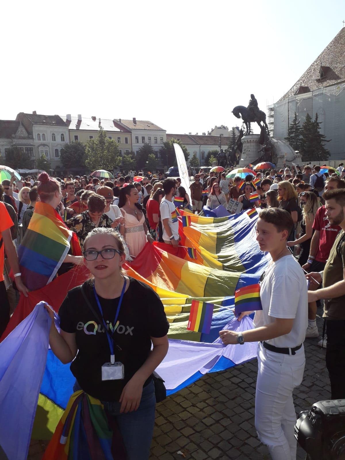 Marșul homosexualilor și Mitingul pentru Familie s-au desfășurat sâmbătă la Cluj-Napoca