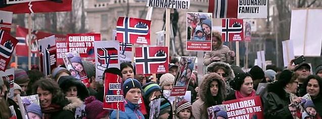 Premieră: CEDO condamnă Norvegia pentru copiii luați de lângă familii. Barnevernetul, acuzat că încalcă drepturile mamei