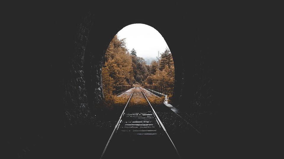 Devotional – Clatinandu-te in disperare