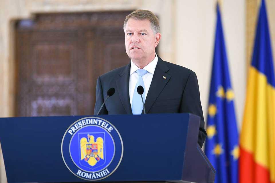 Alternativa Dreaptă îi cere președintelui Klaus Iohannis să-și reevalueze poziția față de alegătorii de dreapta care au susținut referendumul pentru căsătorie