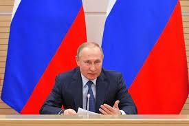 Vladimir Putin: Căsătoria nu este posibilă decât între un bărbat și o femeie