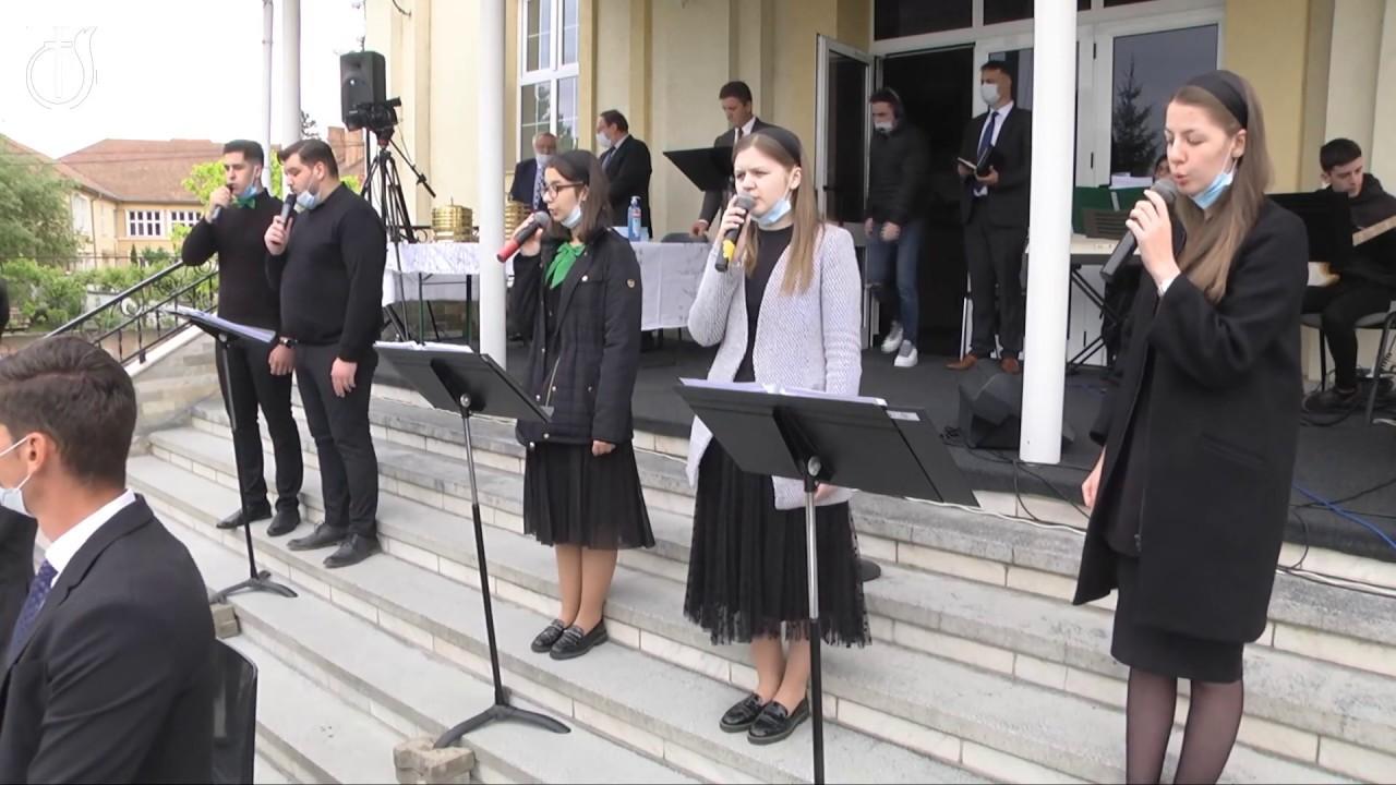 Grup din Biserica Emanuel Sibiu: Doar In Hristos, Ma`ncred Mereu