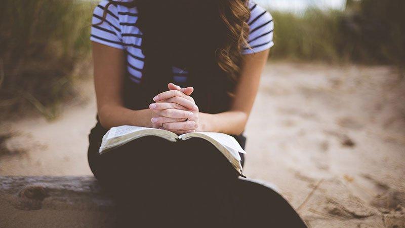 Cum să te rogi pentru ca Dumnezeu să îți răspundă? | Valentin Sandu | Predici 2020 |