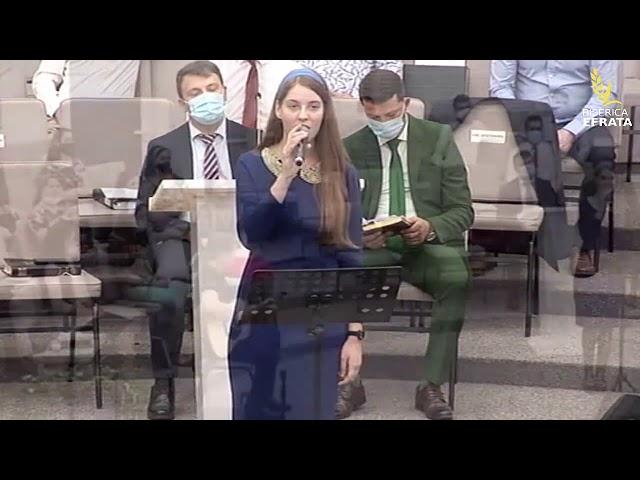 Grup din Biserica Efrata: Porumbiță scumpă, ascunsă între stânci